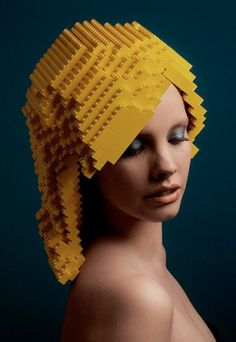 Perruques conçues avec des briques de LEGO réalisées par l'artiste néerlandais Elroy Klee.  http://www.elroyklee.com/#!works