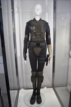 "Scarlett Johansson - Major's tactical uniform ""Ghost in the Shell"" Tokyo 11/13/2016"