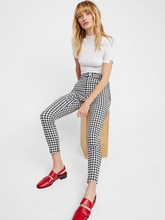 Gingham Skinny Pants   Classic gingham skinny pants in a high rise.    * Ankle grazing inseam   * Faux front pockets   * Button closure and zip fly