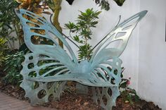 Nice Decors » Blog Archive » Beautiful Butterfly Bench for Your Garden