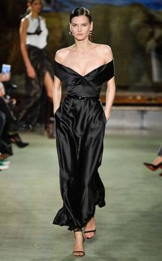 Fashion Week New York Fall/Winter 2020 look 47 from the Brandon Maxwell collection womenswear