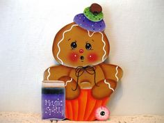 HP Gingerbread magic spell Halloween cupcake Shelf Sitter hand painted collectib