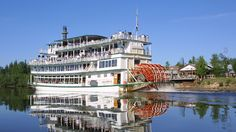 Riverboat Discovery is owned by the Binkley family, whose steamboating history goes back over 100 years.