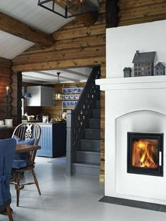 stylish scandinavian cottage design,log cabin design in Norway Country House Interior, Home Interior, Design Interior, Modern Interior, Cabins In The Woods, House In The Woods, Scandinavian Cottage, Modern Cottage, Cozy Cottage
