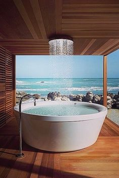 Bathtubs and Showers So Over the Top That You Can Only Dream of Soaking in Them