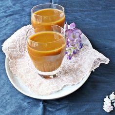Versatile Vegetarian Kitchen: Pumpkin Coconut Smoothie / Pumpkin Prathaman