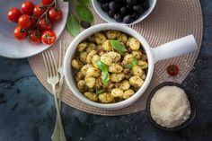 Gnocchi z pesto i boczkiem #smacznastrona #przepisytesco #gnocchi #pesto #boczek #italy #pycha #mniam