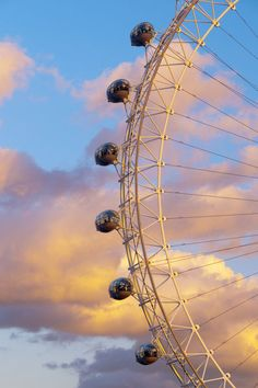 London, London Eye. I am scared of heights but I did it! I rode on the London Eye. The view was amazing.