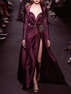 Elie Saab Fashion Show , New trends and luxury details that make a difference
