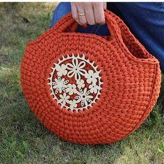 Marvelous Crochet A Shell Stitch Purse Bag Ideas. Wonderful Crochet A Shell Stitch Purse Bag Ideas. Crochet Clutch, Crochet Handbags, Crochet Purses, Finger Knitting, Knitting Yarn, Crochet Shoulder Bags, Crochet Shell Stitch, Handbag Patterns, Diy Purse
