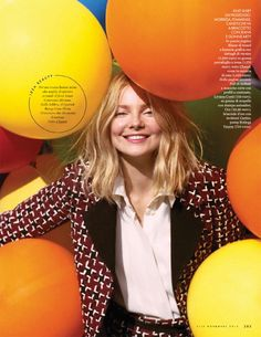 Eniko-Mihalik-Balloons-ELLE-Italy-Editorial09