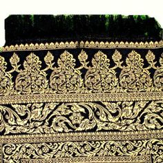 REALLY NICE TEXTURE BED RUNNER OR TABLE RUNNER CAN USE BOTH SIDE IN DIFFERENCE COLOR (POLYESTER AND THAI SILK) by HelloThailand. $32.99. REALLY NICE TEXTURE BED RUNNER OR TABLE RUNNER CAN USE BOTH SIDE IN DIFFERENCE COLOR (POLYESTER AND THAI SILK)  SIZE = 50 CM x 220 CM
