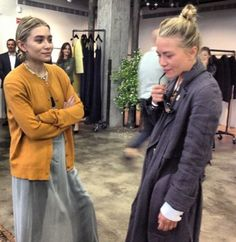 11 Style Rules the Olsen Twins Love to Break - Füller Ashley Olsen Style, Olsen Twins Style, Olsen Twins 2017, Mary Kate Ashley, Full House, The Row, Olsen Fashion, Boho Fashion, Spring Fashion
