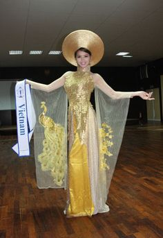 Vietnam's ao dai acclaimed as one of Best National Costumes