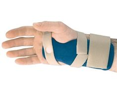 AliMed Lite Night CTS Resting Splint features an aluminum stay embedded in cushioning foam for padded comfort. Hollow channel on on underside of the splint minimizes pressure on #carpal tunnel region.