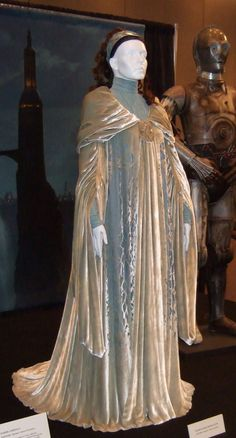 Padme Amidala from Star Wars | A silvery-white travelling cloak over a simple blue dress