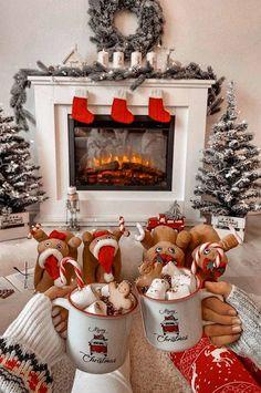 Merry Christmas, Cosy Christmas, Christmas Feeling, Days Until Christmas, Christmas Room, Christmas Crafts, Christmas Decorations, Christmas Wonderland, Christmas Ideas