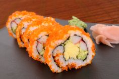 How to make easy sushi recipes for the beginner. Includes everything from how to make sushi rice to roll preparation. Can't wait to try these!!!