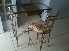 Cadeiras e aparador