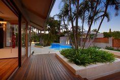 Resort Inspiration - tropical - patio - perth - Mondo Landscapes