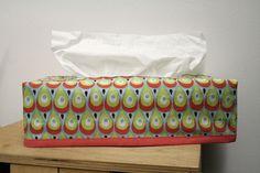 Tutorial & pattern: reversible kleenex box cover   Leven met Liv. kleenexdoos by Leven met Liv