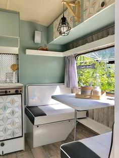If you are looking for Interior Rv Living Ideas, You come to the right place. Below are the Interior Rv Living Ideas. This post about Interior Rv Living Ideas was. Trailer Interior, Camper Interior, Luxury Interior, Interior Design, Interior Ideas, Caravan Vintage, Vintage Caravans, Vintage Campers, Vintage Trailers