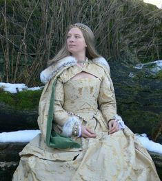 Tudor Costumes, Period Costumes, Movie Costumes, Renaissance Wedding, Renaissance Costume, Renaissance Era, Antique Clothing, Historical Clothing, Elizabethan Gown
