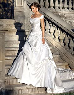 .Beautiful gown