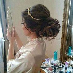 Long Hair - Tip of Hairstyles - 27 Bridal Hairstyle Indian Wedding, Bridal Hair Buns, Wedding Hair And Makeup, Bridal Makeup, Hair Makeup, Quince Hairstyles, Tiara Hairstyles, Wedding Hairstyles, Bridesmaid Hair