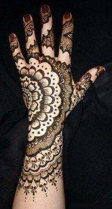 Trendy Mehandi Art