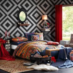 Josie by Natori Hollywood Boho Comforter Set