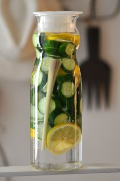 Cucumber/Lemon/Lemongrass Detox Water
