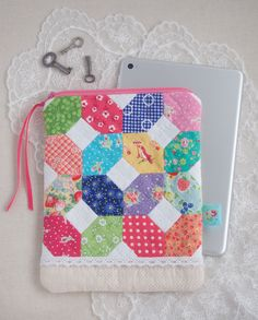 EPP iPad Mini Cosy @ Pretty by Hand - pattern is in Issue 33 of Love Patchwork & Quilting Magazine