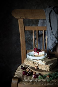 Old books like old friends,tart cherries,creamcheese sweet Rustic Food Photography, Cake Photography, Food Photography Styling, Still Life Photography, Food Styling, Foto Portrait, Culinary Arts, Belle Photo, Fine Dining