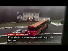Voz de América – Redacción, Veinte escolares de Sutton, Massachusetts pasaron un susto cuando el autobús en el que se transportaban se deslizó calle abajo sobre una calle cubierta de hielo. Afortunadamente no se reportaron heridos.
