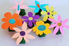 Spring-y Flowers | Crafts for Kids | PBS Parents