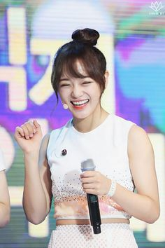 Kim Sejeong, Kim Jung, South Korean Girls, Korean Girl Groups, Jellyfish Entertainment, Ioi, K Pop Star, Seoul, Korean Singer