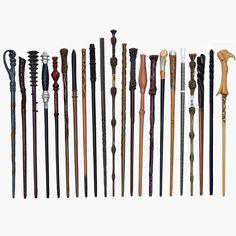 hůlky harry potter – Vyhledávání Google Dumbledore Wand, Street Magic, Harry Potter Wizard, Art Moderne, Voldemort, Fashion Room, Classic Toys, Decoration, Clock