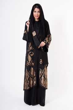 74e8af6fa5045 Emirati Dubai Abaya Hijab Design 2018 Collection have outstanding patterns  and designs of abayas as seen in the Pictures Photos and Images and these  Emirati ...