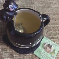 """""""As a pregnant mama suffering from hyperemesis gravidarum, I just want to say how much the morning wellness tea means to me. Thank you for providing a tea that doesn't taste overwhelmingly of ginger."""" ~ Samantha Smith ( Image via @mostviciouscrime )  It's #MugshotMonday! Who's in need of Organic Morning Wellness Tea this morning?  #EarthMamaAngelBaby #SafeAsMamasArms #MamasBumpSquad #OrganicPregnancy #MamaToBe #Preggers #BabyOnBoard #NaturalPregnancy #NaturalMama #Motherhood #MaternityMuse"""