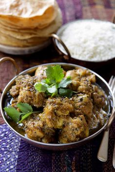 Peppery chicken curry.