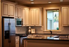 traditional foursquare kitchen traditional-kitchen