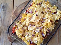 Zak tortilla-chips (let op E-nummers, Ah nacho-chips naturel is zonder E-nummers, of bij de natuurwinkel), Dinner recipes Food deserts Delicious Yummy I Love Food, A Food, Good Food, Yummy Food, Cooking For Dummies, Easy Cooking, Nacho Chips, Tortilla Chips, Tapas