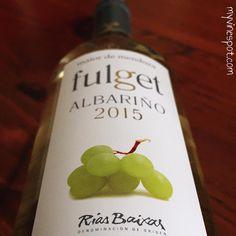 Alternative White Wine Flight with Tercero Wines, Alpha Estate, and Maior de Mendoza Wine Reviews, My Glass, Mendoza, Wine Making, White Wine, Wines, At Least, Holiday Decor, Blog