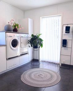 Saving up dirty clothes for the weekend, trying to do it all on Sunday. - Home Design Washroom Design, Laundry Room Design, Interior Design Living Room, Living Room Designs, Entryway Decor, Bedroom Decor, Küchen Design, Home Decor Accessories, Home Appliances