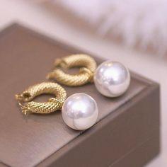 Trendy Imitation Pearl Drop Ball Dangle Earrings For Women Bridesmaid Fashion Earrings, Women's Earrings, Wedding Jewellery Gifts, Shape Patterns, Types Of Metal, Fashion Models, Dangles, Bridesmaid, Pearls