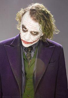 Rare 'Dark Knight' Publicity Photos Show Off Heath Ledger as the Joker