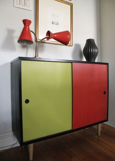 Mid Century Møbler is one of the leading Mid Century furniture dealers in the United States, specializing in imported vintage Danish modern furniture. Retro Furniture, Furniture Styles, Cool Furniture, Furniture Design, Furniture Cleaning, Mid Century Decor, Mid Century House, Mid Century Style, Mid Century Modern Design