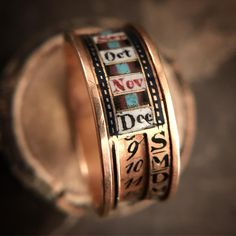 Rare Georgian perpetual calendar ring. The inner band rotates so that dates and days can be aligned. #georgianjewelry…