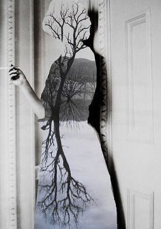 arpeggia:    Loui Jover - Deep Rooted Inside